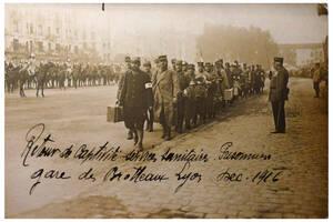 Retour de captivité de soldats français | Collection Tatig Tendjoukian